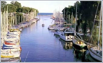 Oakville Rankings Released By MoneySense Magazine...Voted the #17 Best Place to Live in Canada out of 190 Cities! ...It was also ranked as having the Best Weather in Canada!