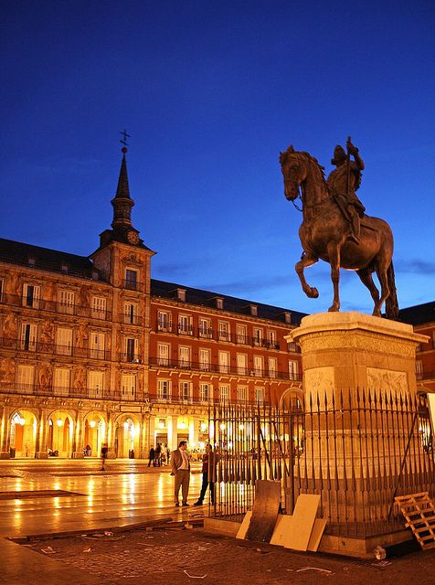 Night in Madrid, Plaza Mayor | Flickr - Photo Sharing!