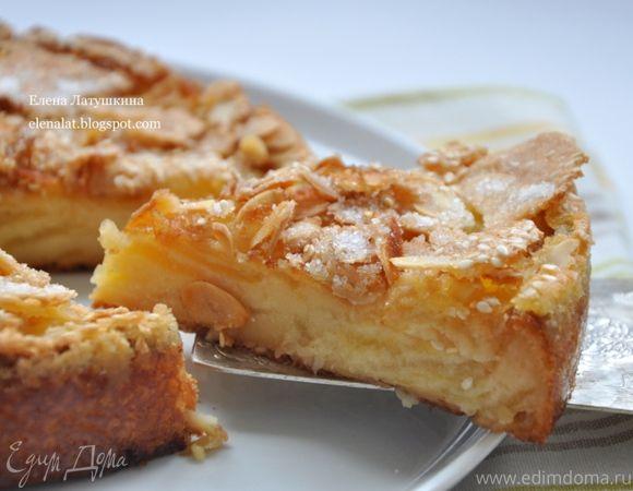 Нежный яблочно-грушевый пирог с хрустящей корочкой