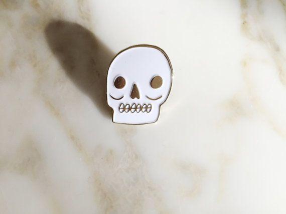 Skull Pin https://www.etsy.com/uk/listing/265773345/skull-lapel-pin