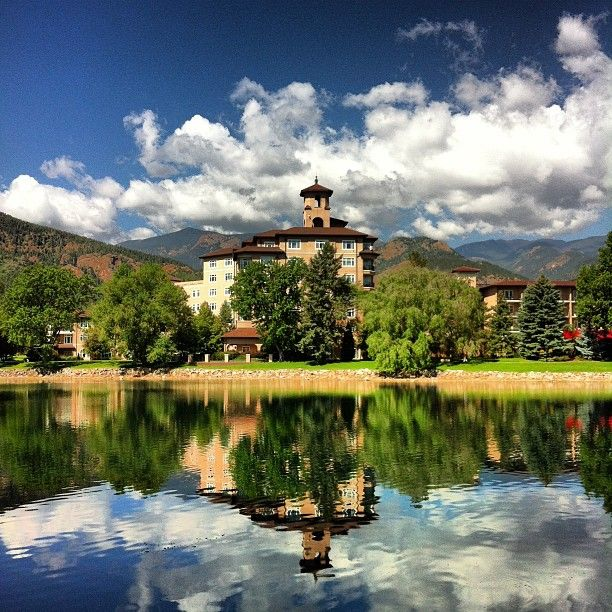 The Broadmoor: A great place to visit if you're feeling fancy, even if just for coffee and dessert with your best friends. It's breathtaking at Christmas too.