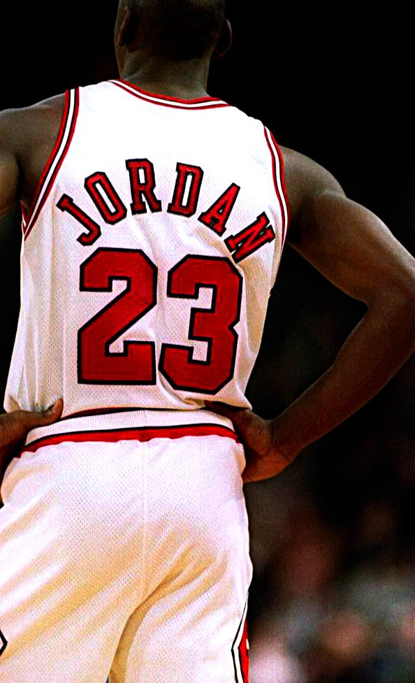 Michael Jordan. Greatest basketball player in the history if the game, hands down. He's the player everyone aspires to be, everyone tries to emulate.
