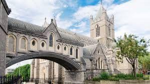 """""""  Notre Dame:  Programa en una de las escuelas privadas de mayor prestigio de Dublín, Irlanda.  También se pueden hacer clases profesionales de fútbol, tenis, equitación, golf o rugby a tu programa.    #WeLoveBS #inglés #idiomas #Irlanda #Ireland #Dublin #DunDrum  """""""