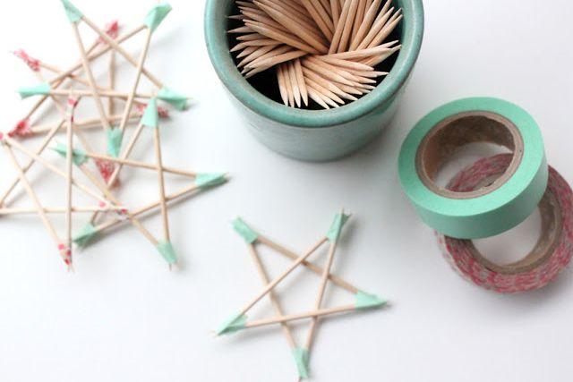 Geef je huis extra glinstering op de donkere dagen rond Kerst en ga sterren maken. Sterren van klei, papier, touw of cocktailprikkers.
