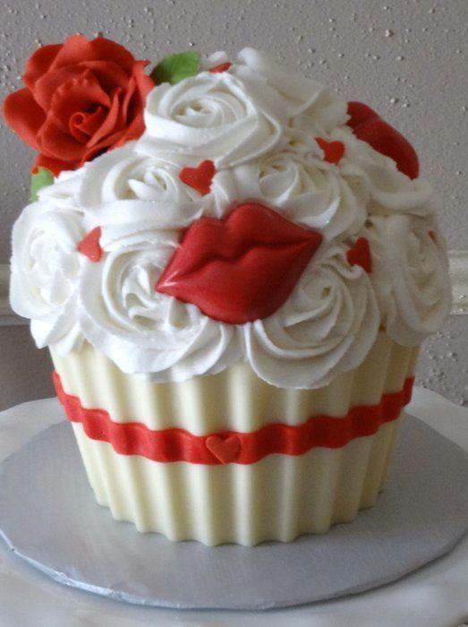 Kisses cupcake