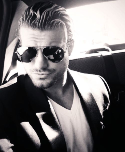 @HEELZiggler: en route to huge audish! the safety word is  #50shadesofsteel