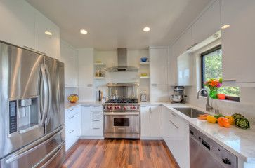 23 best images about u shaped kitchen ideas on pinterest oak cabinets pantry and shaker - Closed kitchen design ...