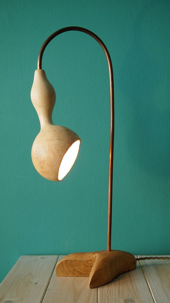 Hoi! Ik heb een geweldige listing gevonden op Etsy http://www.etsy.com/nl/listing/152724954/pelikan-gourd-lamp