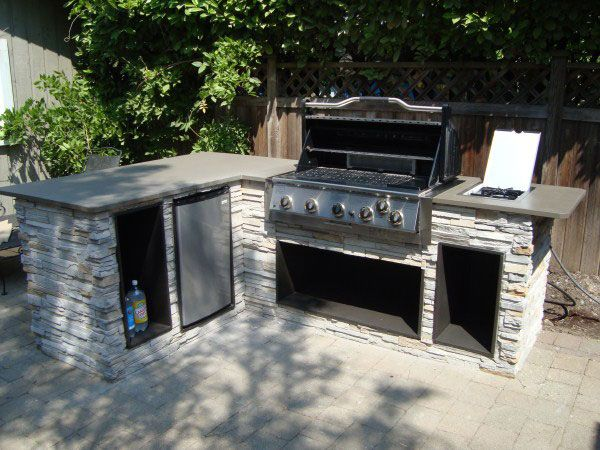 This combo could work. Outdoor Kitchen Designs | Outdoor kitchens and barbeque islands