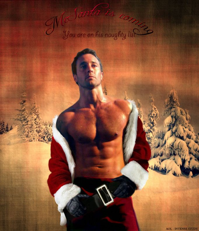 Merry Christmas to MEEEE! Alex O'Loughlin naughty-santa
