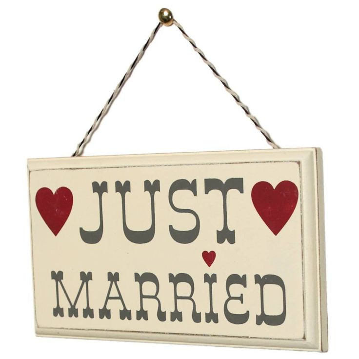 Romantic Wooden Sign Just Married  #gift #mzube #sale #presents #gifts #birthday #cool #quirky #cheap #shopping   https://www.mzube.co.uk