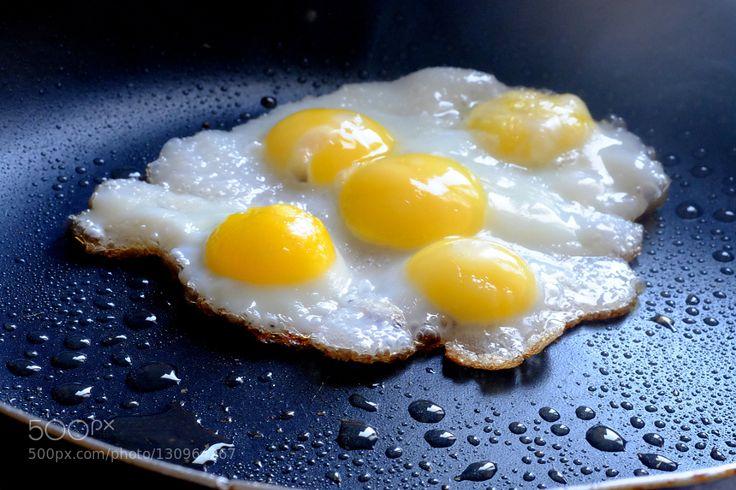 Pic: Quail Eggs بيض السمان