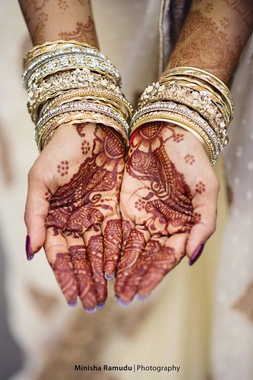 Nothing like gorgeous mehndi to kickstart the wedding preps!!!!!