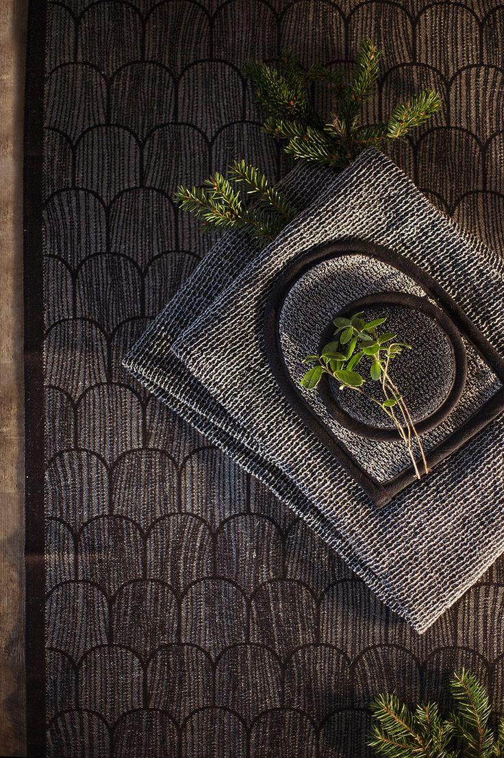 PAANU seat cover. TERVA towel. ONNI wash mitten. Made by Lapuan Kankurit.