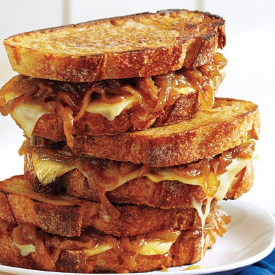 Smoky Grilled Cheese With Ale Onions