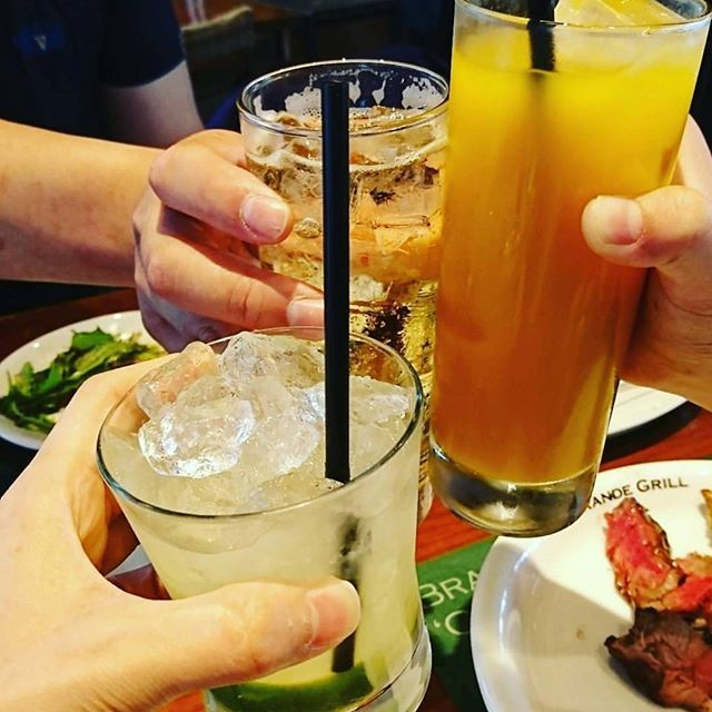 Hello Tuesday👋 今夜は乾杯したい気分😋🍻 📷by @usagihermonix Thank you💕 #Regram #Repost #riograndegrill #churrasco #meat #lunch #dinner #salad #food #foodporn #instafood #yummy #delicious #foodpic #foodgasm #vegetable #drink #eeeeeats #brazil #bbq #alcohol #リオグランデグリル #シュラスコ #肉 #肉スタグラム #サラダバー #食べ放題 #ディナー #ランチ #乾杯