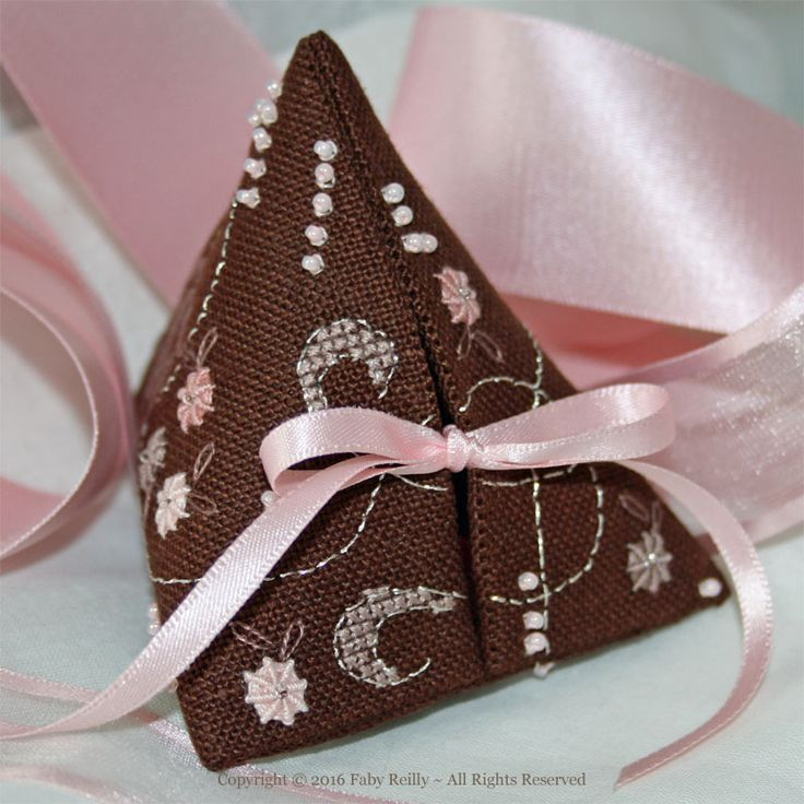 Rose Chocolat Humbug - Faby Reilly Designs