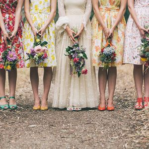 style | 2104 bridesmaids trend, florals | via: chic vintage brides