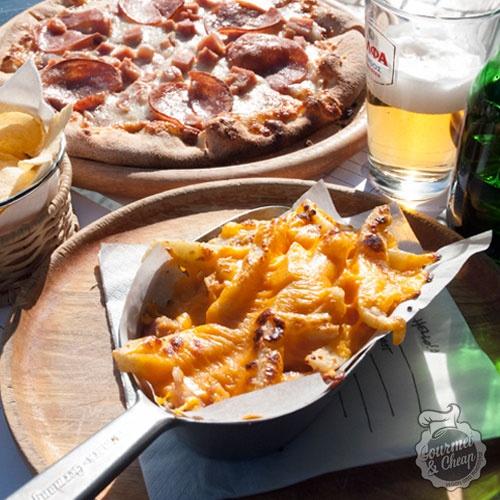 Πατάτες και pizza στο Gazi College!