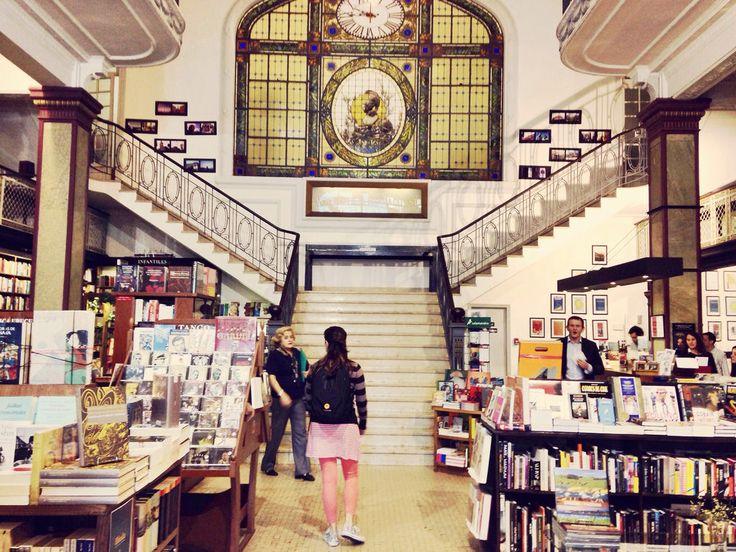 Librería Mas Puro Verso en Montevideo, Uruguay. Tema:{Libros}