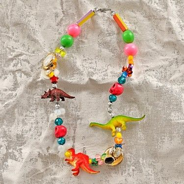ooooh I likey!!: Dino Necklaces, Plastic Animal, Kids Necklaces, Kids Accessories, Jewelry Make Ideas For Kids, Diy Jewelry Make For Kids, Great Ideas, Diy Kids, Necklaces Ideas
