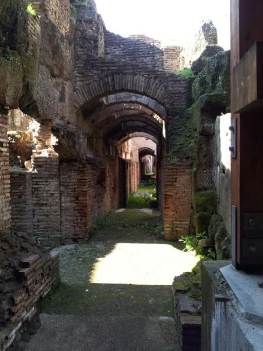 I lunghi corridoi dove i gladiatori attendevano il proprio turno per combattere