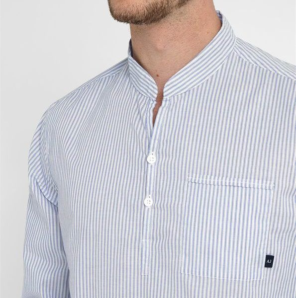 Super jolie cette chemise pour homme col tunisien ! #chemise #blogmode #mode #homme #shirt  http://www.appart-33.com/produit/chemise-armani-col-tunisien/