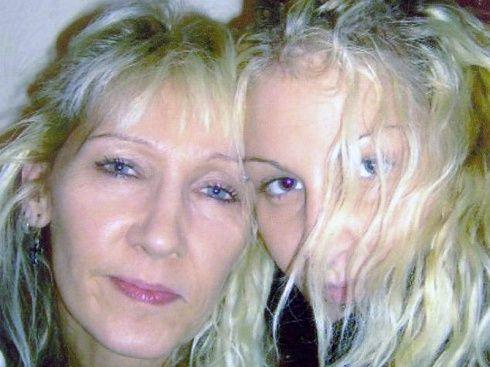 Se enteró de la muerte de su hija a través de Facebook