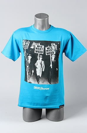 The We Want Weed Tee in TealBlue S