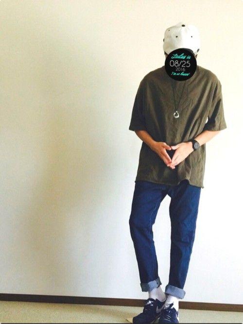 とにかくビックT流行りすぎ← 今日はビックTシャツにお世話になります! カーキで持ってる服とか この