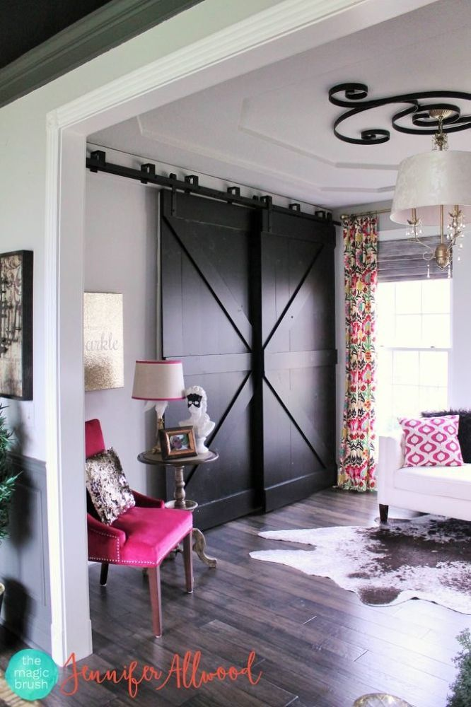 I wanted cute farmhouse sliding barndoors and I wasn't willing to pay $1600 to fit my large opening. I also didn't have much space to work with. So here's what…