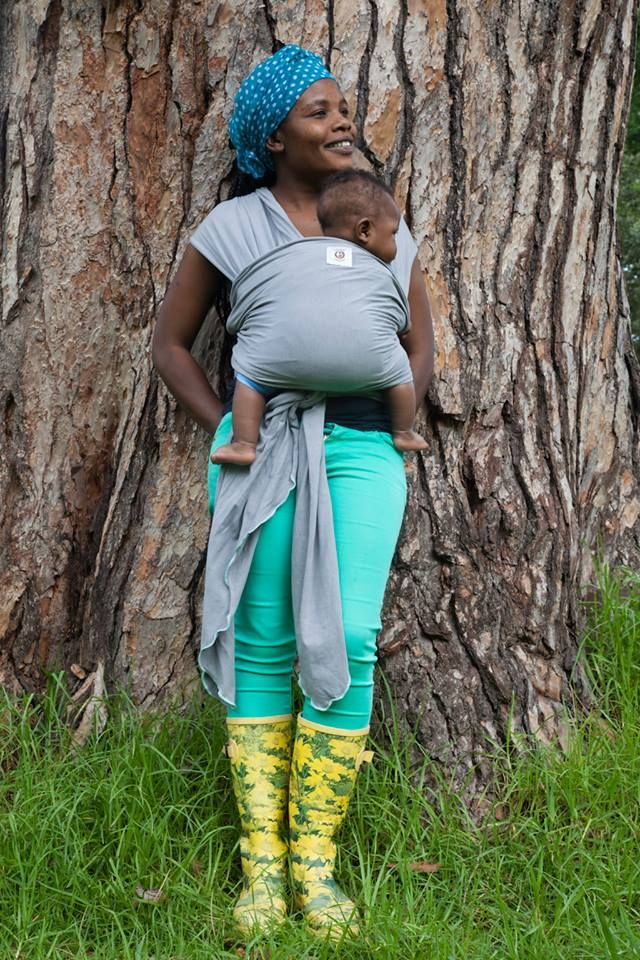 POD Baby Carriers Dove Grey with Colour Trim Baby Wrap R350 http://podbabycarriers.com/shop/baby-wraps/dove-grey-with-turquoise-trim-baby-wrap/
