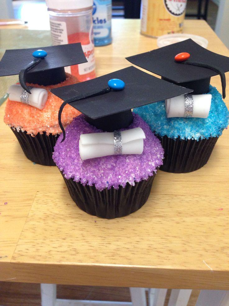 17+ best images about Graduation on Pinterest Cupcake ...