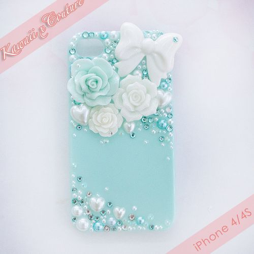 Mint Decoden. I hate decoden. Scene queen brats have ruined it. But I really like thiz case. Simple iz beautiful and this is simple for deco.