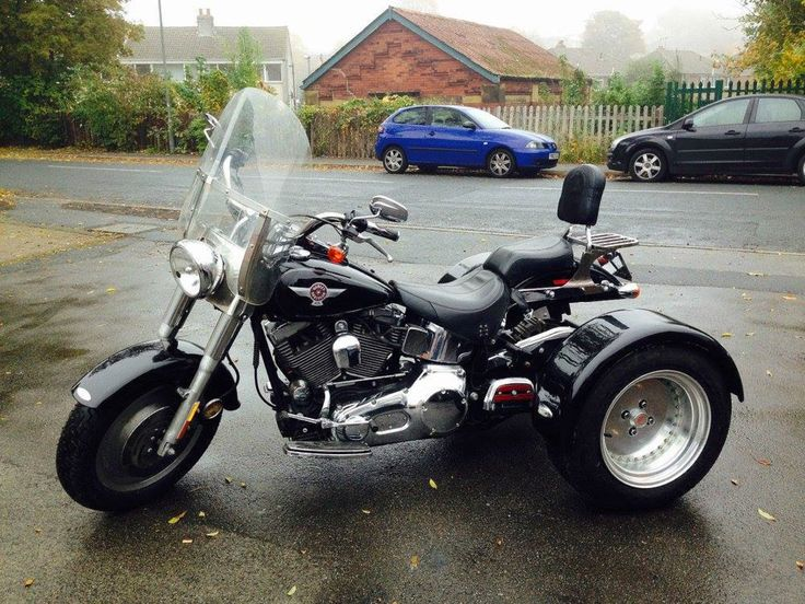 2005 Harley Davidson Fat Boy Trike, recently auctioned on eBay with a Classified Ad Price: £15,995,  Contact Seller: 01924235655,  Item Location: Liversedge, West Yorkshire, UK.    http://ebay.co.uk/itm/Harley-Davidson-Fat-Boy-Trike-/121799148017?hash=item1c5bcb81f1%3Ag%3ASf0AAOSwhcJWL5Ge