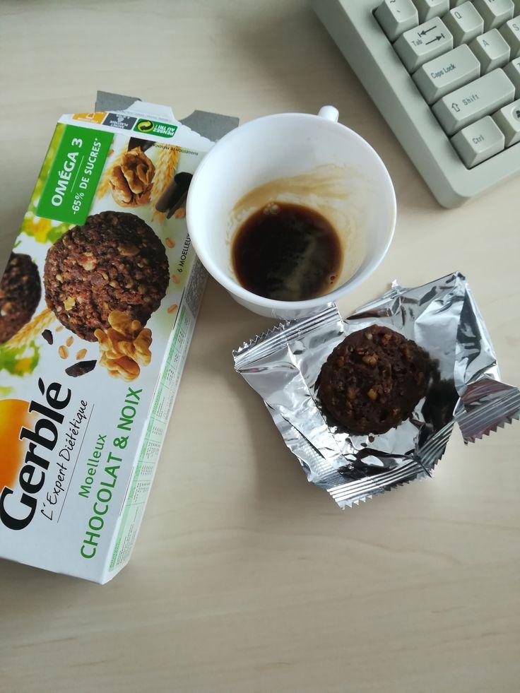 Cafeau este mult mai gusoasa cu GERBLE EXPERT DIETETIC PRAJITURA CIOCOLATA-NUCI