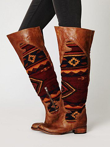 Boots with design.