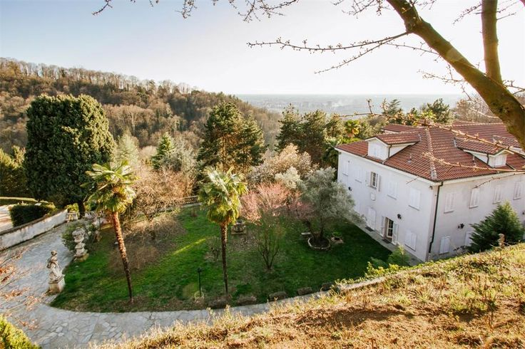 Historic villa with vineyard of the 1750 on the Moncalieri Hill  Moncalieri, Turin, Italy – Luxury Home For Sale