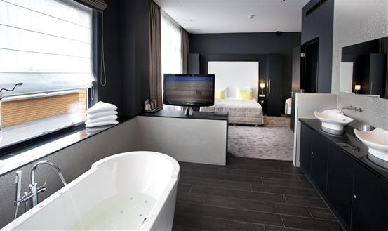 2: van der Valk Almere; wellness suite
