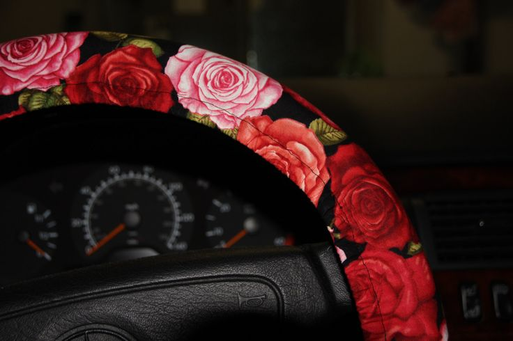 Scarle Rosas Wheel cover -Steering wheel cover with red and pink roses - Valentines gift idea - Black and red pink wheel cover . by SouthernAplus on Etsy
