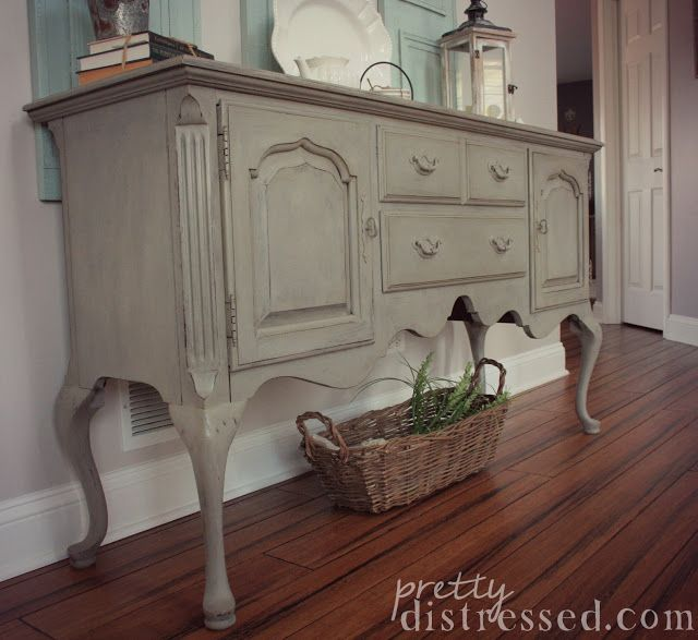 Annie Sloan Chalk Paint in French Linen. Sealed with Annie Sloan clear wax and dark wax. Queen Anne Thomasville buffet.