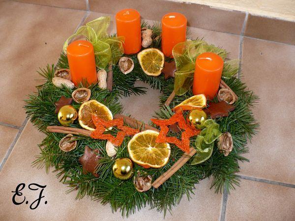 oranžovo zelený adventní věnec