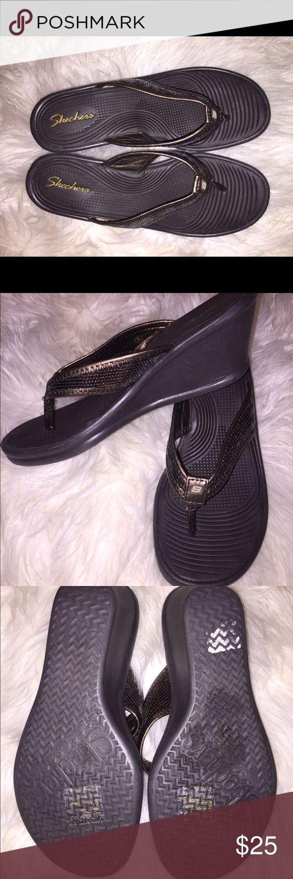 SZ 8 SKECHERS WEDGE HEEL BROWN FLIP FLOPS- sparkly These are very nice and worn only a few times as the tags are still on bottoms. They are super soft and comfy and will fit a SZ 7.5 - 8. Skechers Shoes Wedges