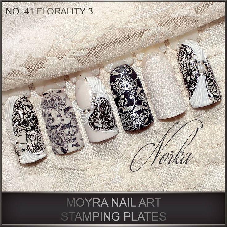Nail art with SuperShine colour gels, painting gel, colour acrylics, Stamping nail polish and new Moyra nail art stamping plate  No. 41 Florality 3.    #moyra#nailart#naildesign#naildecoration#stamping#stampingplate#florality3#flower#white#black#stampingpolish#stampingpolish#koromdiszites#koromnyomda#nyomda#nyomdalakk#nyomdalemez#
