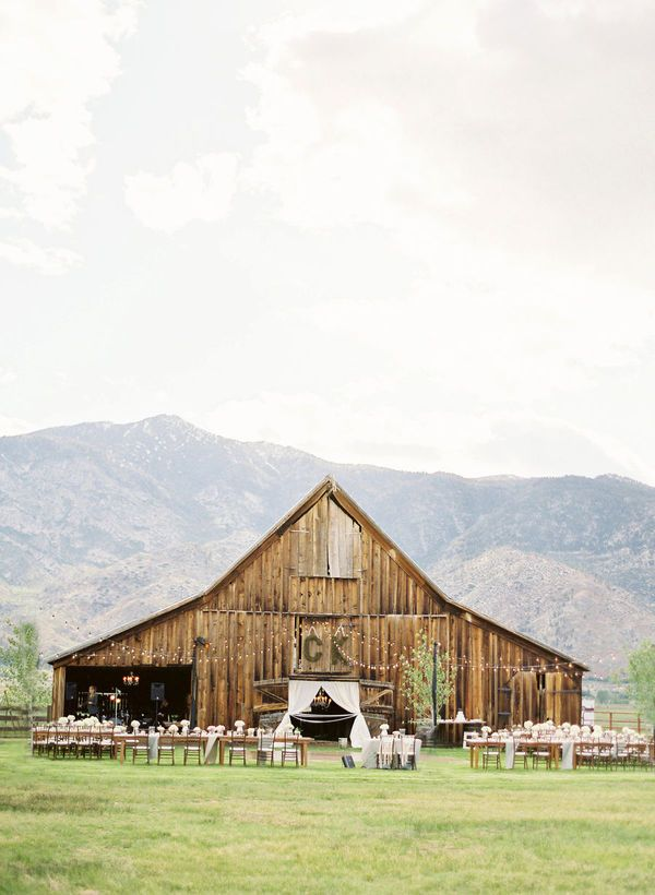 This rustic wedding blows me away. And in lovely northern California no less.
