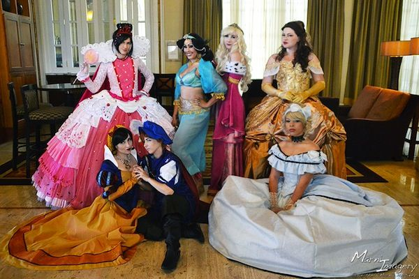 Historically accurate Disney princess cosplay