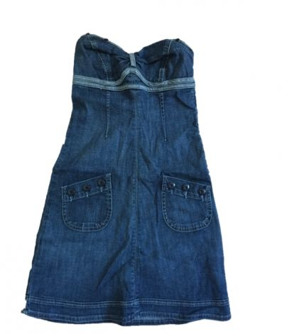 I sell my beautiful Guess denim dress. 50,00 €   Je viens de mettre en vente cet article  : Robe en jeans Guess 50,00 €   http://www.videdressing.com/robes-en-jeans/guess/p-2971714.html?utm_source=pinterest&utm_medium=pinterest_share&utm_campaign=FR_Femme_V%C3%AAtements_Robes_2971714_pinterest_share