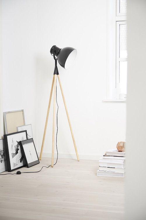 Corpurile de iluminat in stilul industrial sunt ideale pentru orice interior modern! Descopera  Lampadarul Industry Grey Nature Matt alaturi de intreaga noastra selectie pe www.somproduct.ro/iluminat #iluminat #industrial #design #lighting #home #inspiration #SomProduct