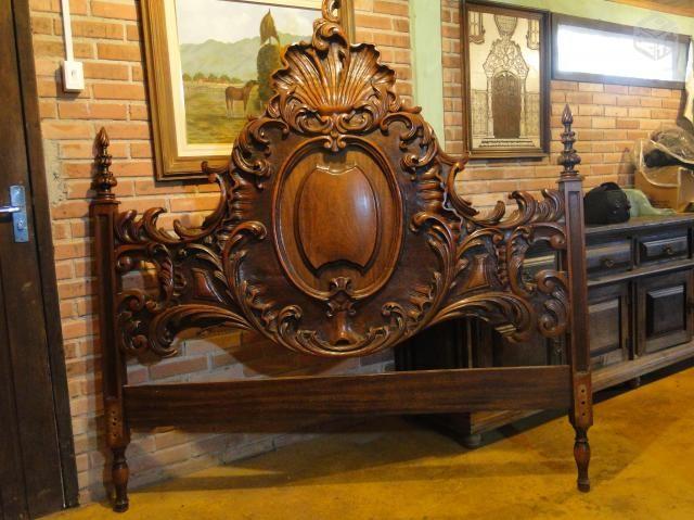 Cama antiga madeira maciça - R$