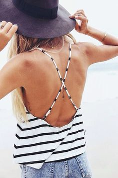 Straps and stripes.